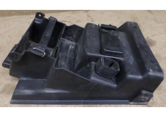 Binnenspatbord / accubak ZX7R