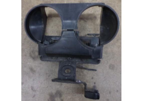 Houder claxon's en zekeringenkastje op beugel VF 500 C