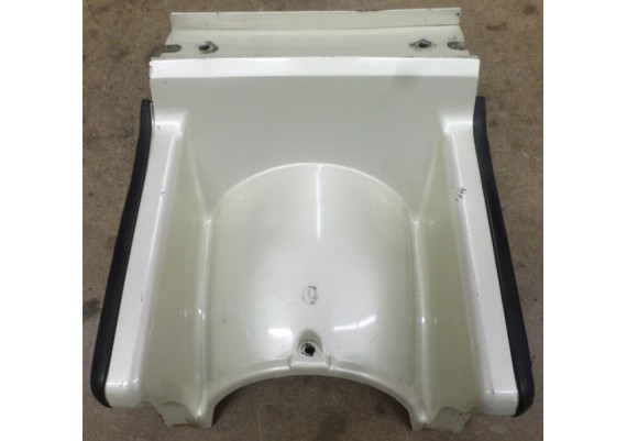 Achterspatbord parelmoer-wit (1) 80102-MG9-7700 GL 1200 SEI