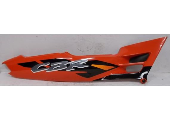 Achterkant / kont rechts rood/zwart/zilver/wit/oranje (1) 83610-MV9-0000/6000 CBR 600 F2