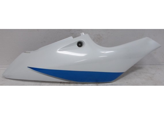 Achterkant/kont rechts wit/blauw/zilver (1) GSXR 600 SRAD