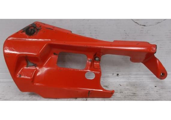 Beschermplaat links onder rood (1) staal VFR 750 F RC36