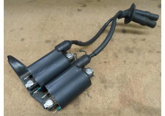 Bobine's cilinders 1 en 3 incl. bevestigingsbeugel VFR 750 RC24