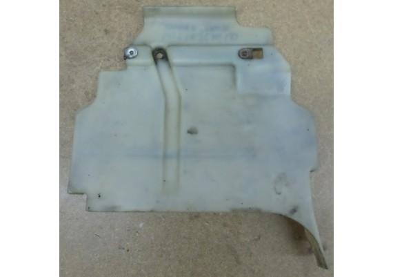 Beschermplaat onder tank 19630-MR5-0000 PC 800