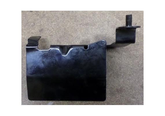 Beugel achter hitteschiild links voor staal PC 800