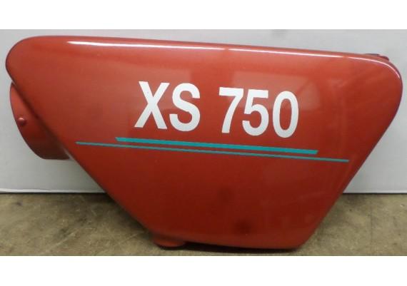 Zijkap links bruin/rood (1) XS 750 C