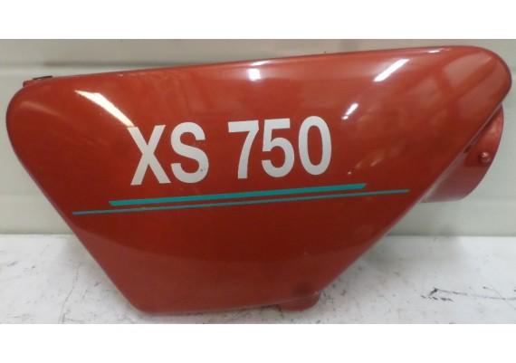 Zijkap rechts bruin/rood XS 750 C