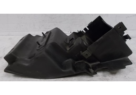 Accubak / binnenspatbord (1) ZXR 750 L