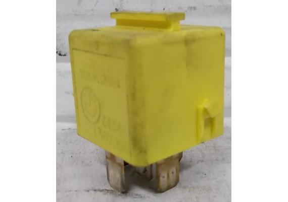 Relais Siemens geel 6136 1 389 105 R 1100 RT