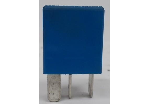 Relais licht blauw 6131-1459 675 K 75 RT