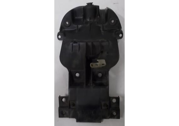 Binnenspatbord (1) VF 700/750 C S.M.