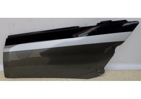 Zijkap rechts grijs/zwart/zilver 36001-1383 GPX 600