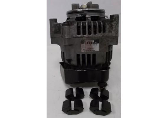 Dynamo (1) 1300350 101211-1611 inclusief rubbers Speed Triple T509
