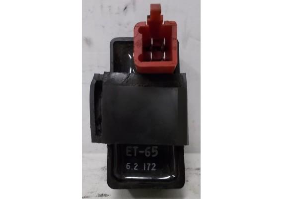Relais ET65 (1) 6.2 inclusief rubber VT 700 C