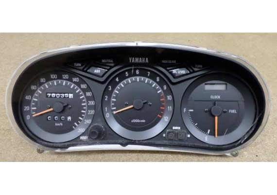 Tellerset (78035 km.) FJ 1200 A