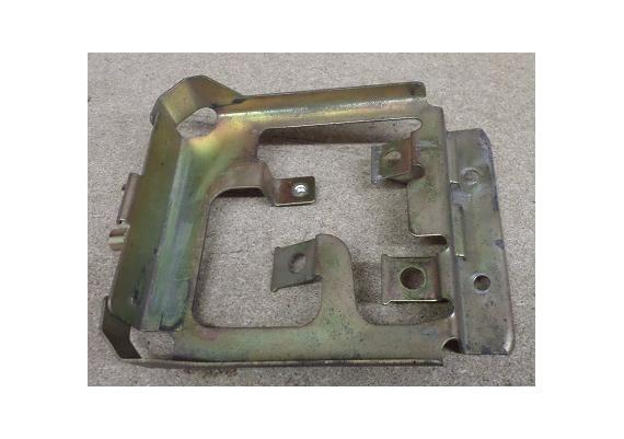Beugel / bakje achter (subframe) FJ 1200 A
