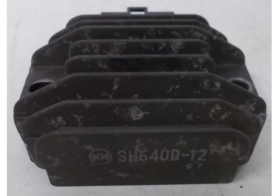 Spanningsregelaar (1) SH640D-12 CBR 600 F3