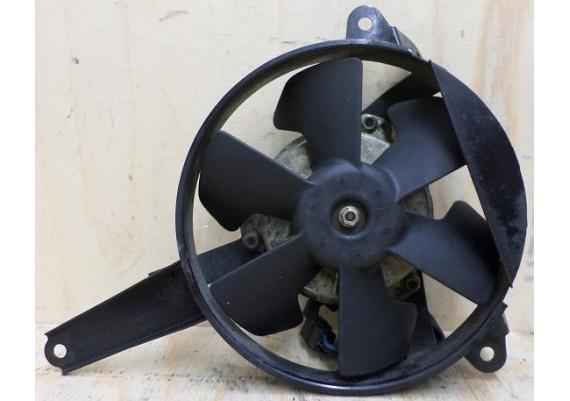 Ventilator R6 2001