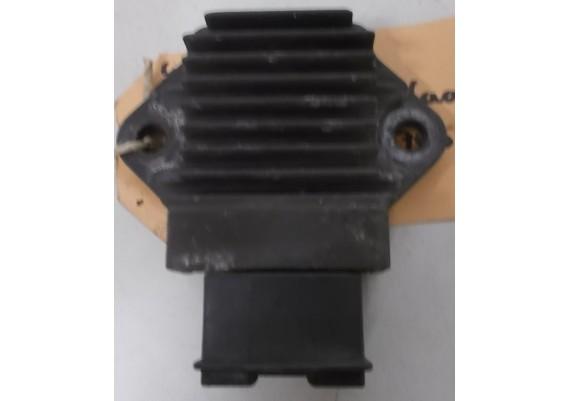 Spanningsregelaar (1) GPX 750 R