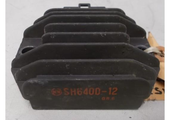 Spanningsregelaar (1) SH640D-12 XJ 600 Diversion
