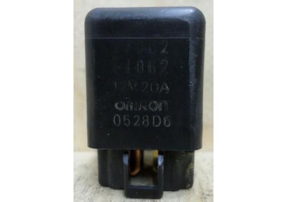 Relais Omron 12V 20A 0528D6 ZX6R 1998