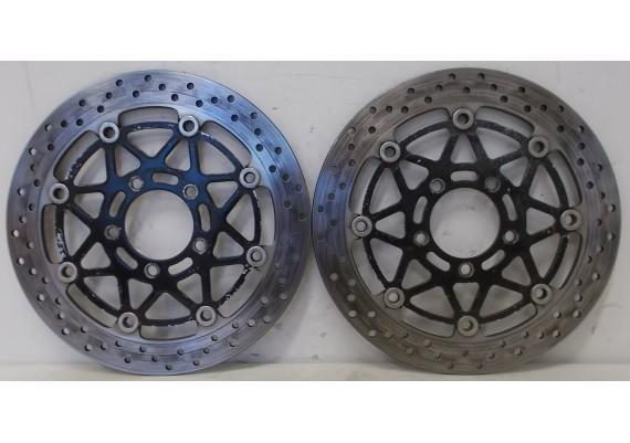 Remschijven voor (set 1) 5,35 mm. GSX R 1000 K3/K4