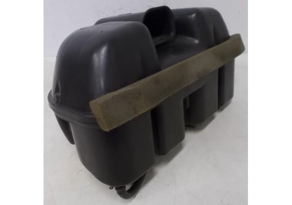 Luchtfilterhuis (2) inclusief luchtfilter, rubbers en klemmen FZR 600 R