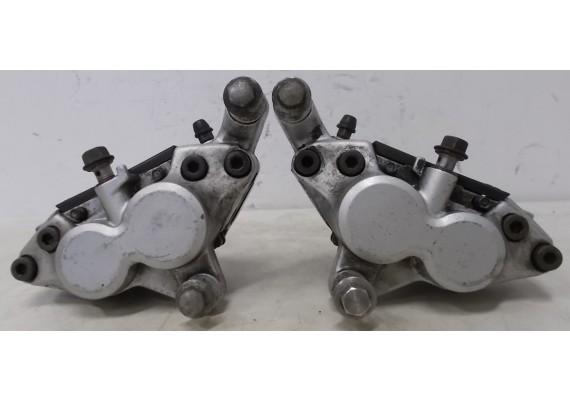 Remklauwen voor (set 1) inclusief goede remblokken FZR 600 R