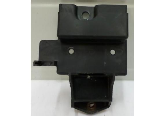 Bevestigingskap spanningsregelaar e.d. GPZ 550 1989