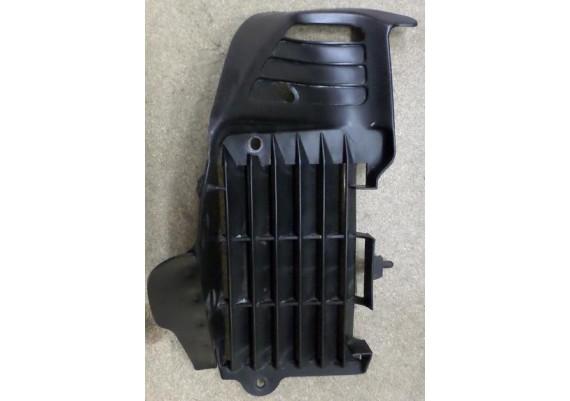 Radiateurkap rechts zwart XL 600 V