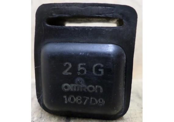 Relais Omron 25G 1067D9 FZR 750