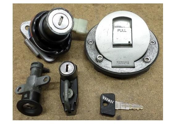 Slotenset (zie omschrijving) FZR 750