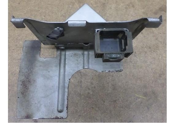 Hitteschild accubak VFR 750 F