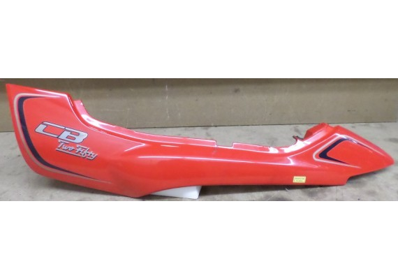 Achterkant/kont links rood (1) 83710-KBGA-0000 CB 250 TF