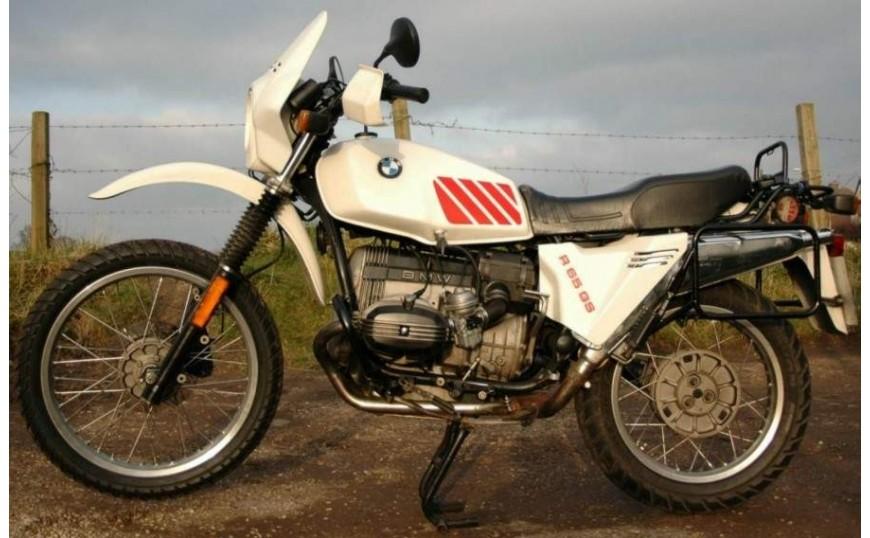 R 65 GS